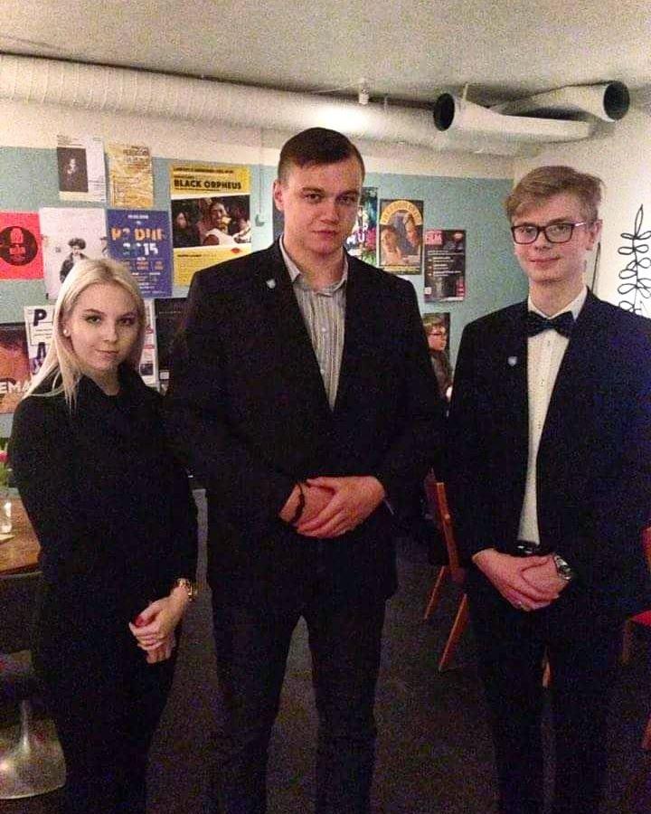 Sinise Äratuse Tallinna ringkonna esimeheks valiti Ragnar Linnumäe
